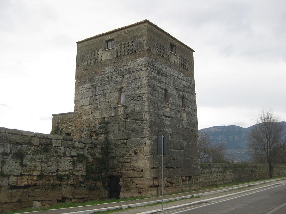 02 ulteriore veduta della Torre-stato di fatto