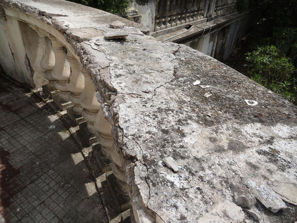 03 piano di copertura in stucco ammalorato