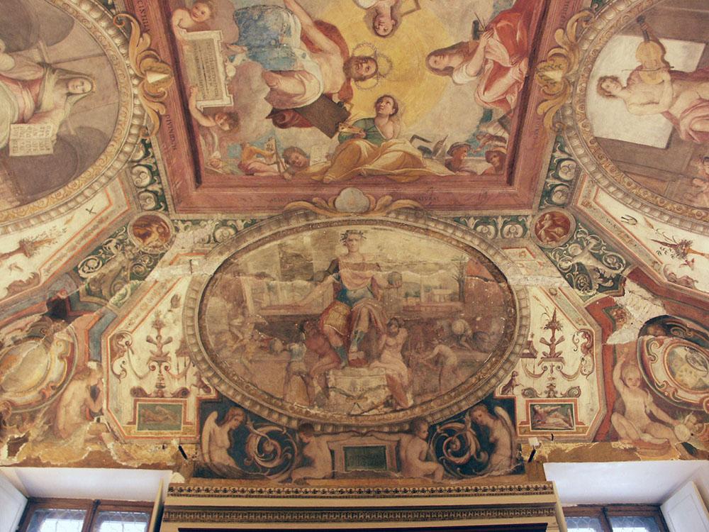 04-porzione-del-soffitto-decorato_Milizia_stato-di-fatto