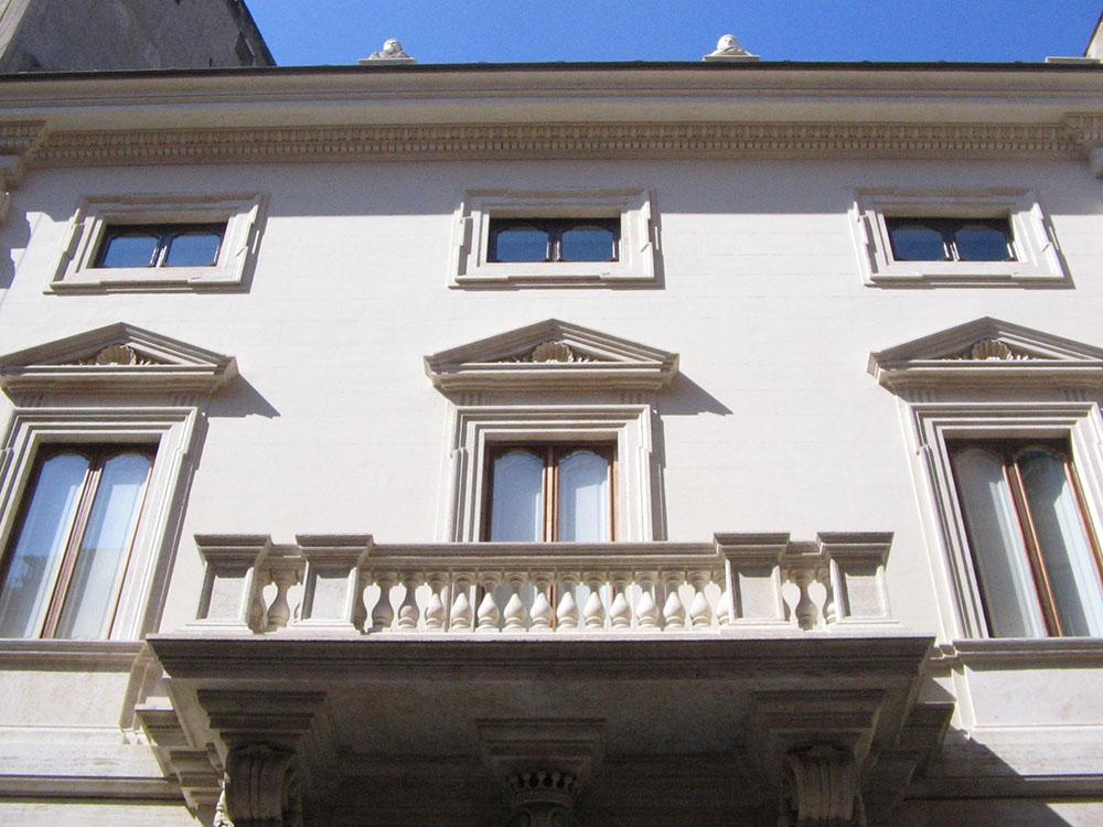 04m ulteriore veduta della facciata di Via Sistina dopo i restauri