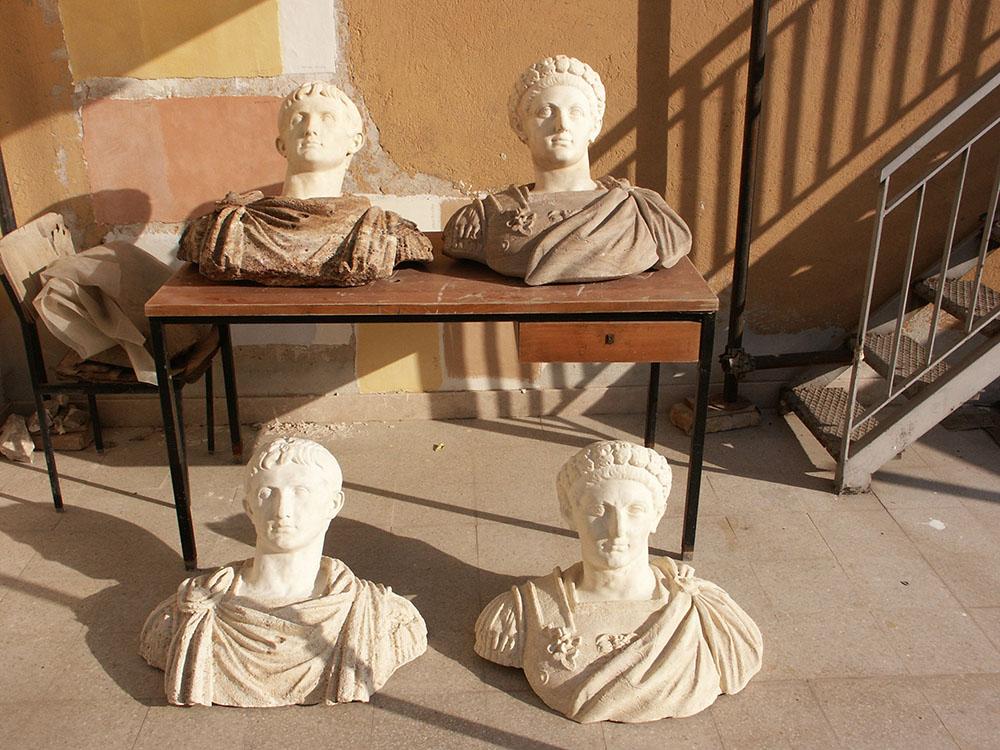 05-i-busti-raffiguranti-imperatori-romani-e-le-loro-copie