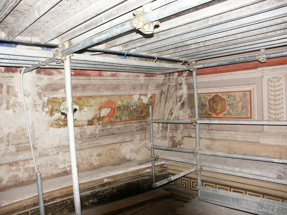 05-pitture-murali-nella-parte-bassa-della-cupola-della-Cavea-stato-di-fatto