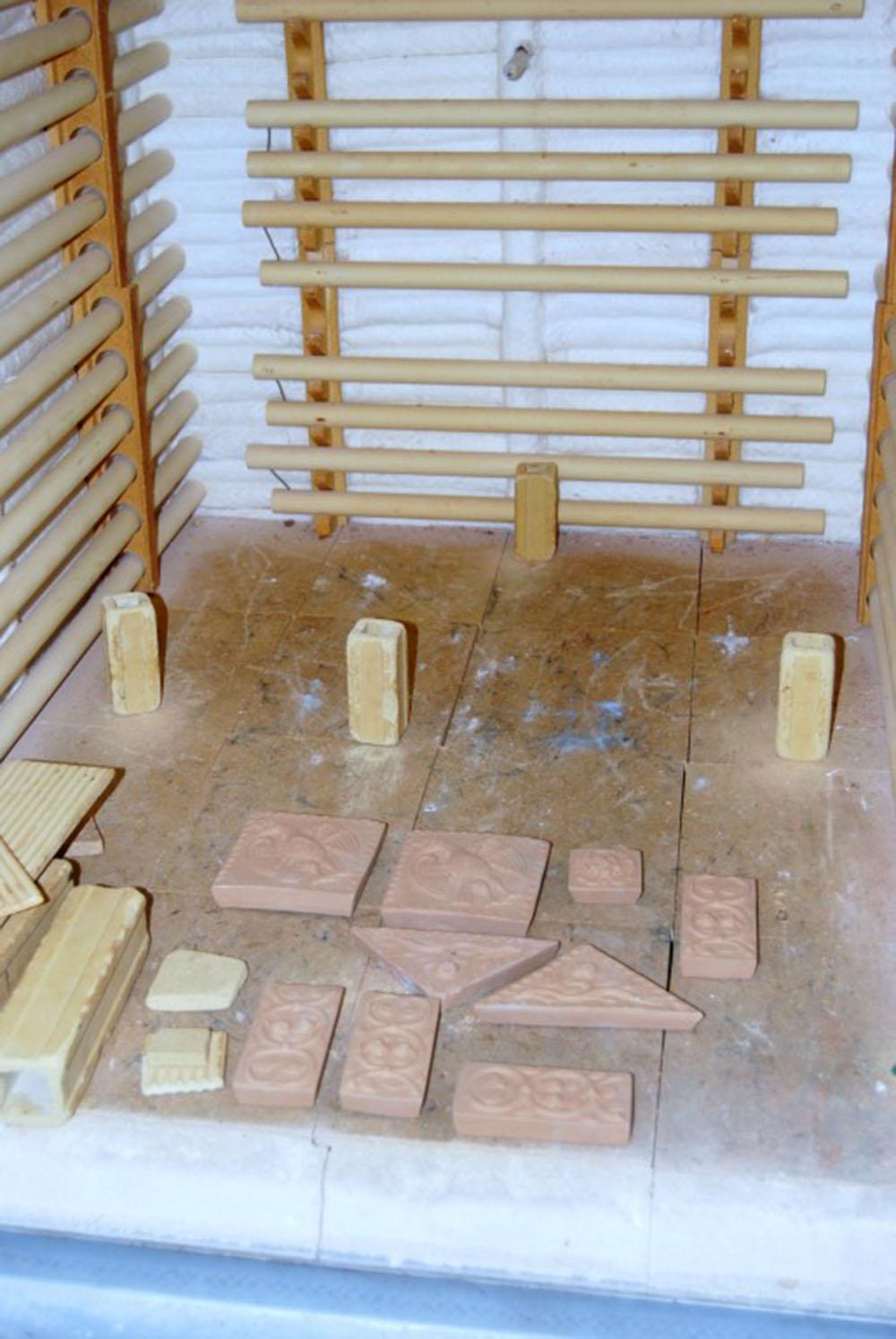 07 cottura delle mattonelle decorative