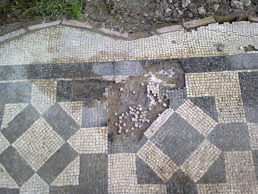 07a dettaglio dello stato di fatto della pavimentazione