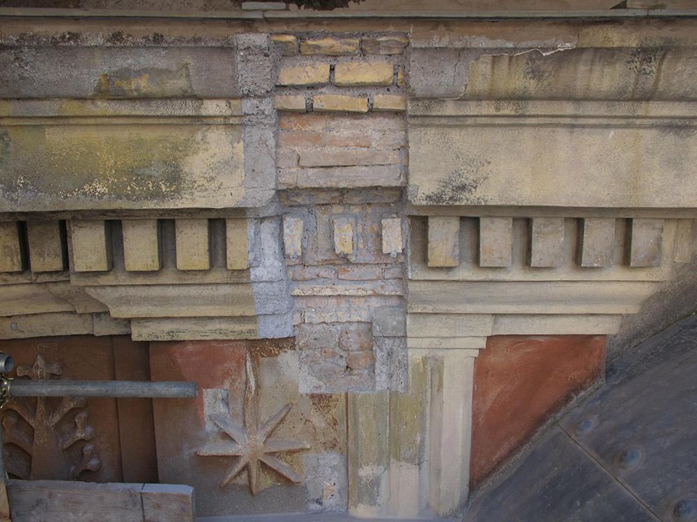 08 indagine stratigrafica con ritrovamenti delle murature e finiture pittoriche originali