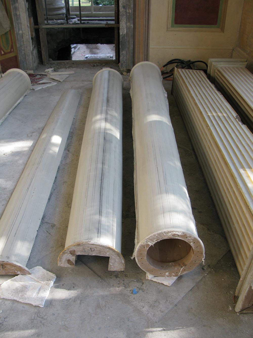 12n realizzazione delle scanalature dei fusti delle nuove colonne