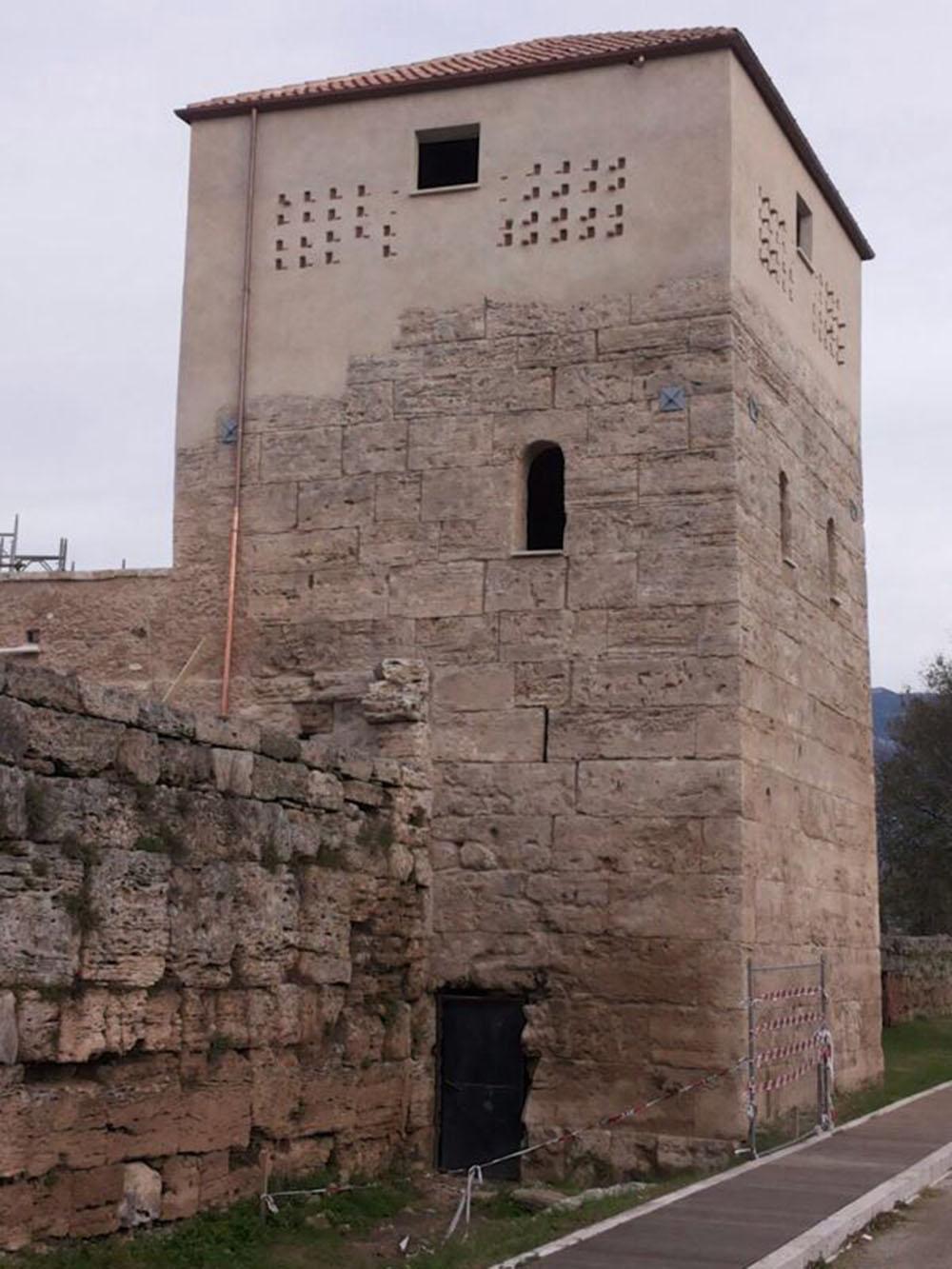 13 un'altra veduta della torre al termine dei lavori