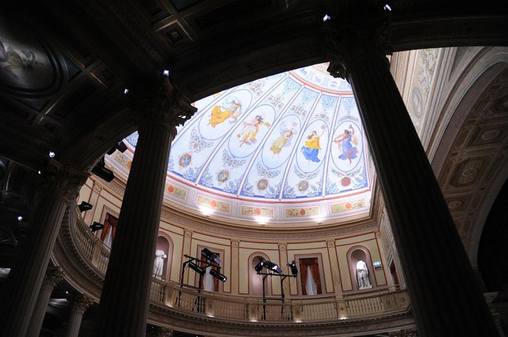 17-la-sala-del-Teatro-e-la-cupola-dopo-gli-interventi-di-restauro