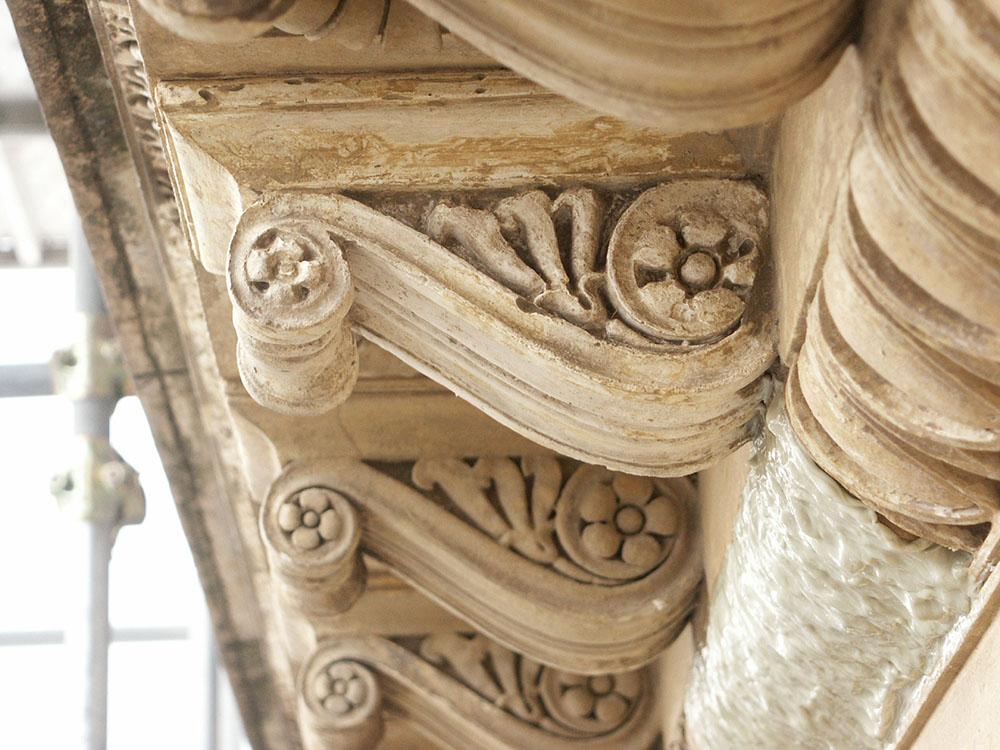 17 ulteriori interventi di restauro sui cornicioni