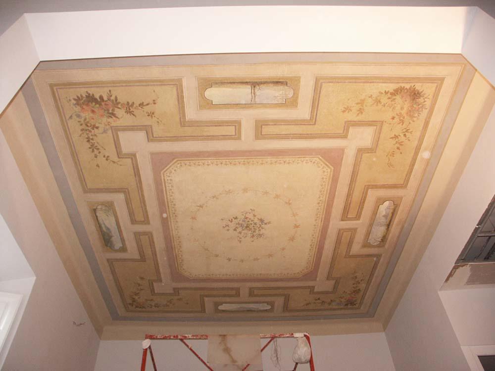 AP-2-restauro-della-decorazione-rinvenuta